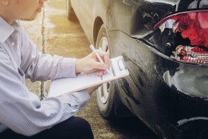 Stłuczka na parkingu - co zrobić